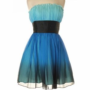 Betsey Johnson Strapless Mini Party Dress Size 6